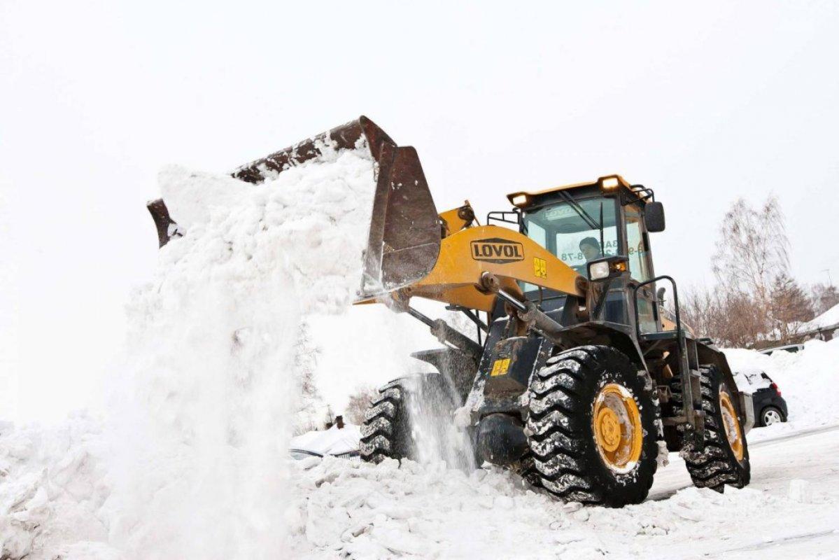 Уборка и вывоз снега спецтехникой - Благовещенск, цены, предложения специалистов