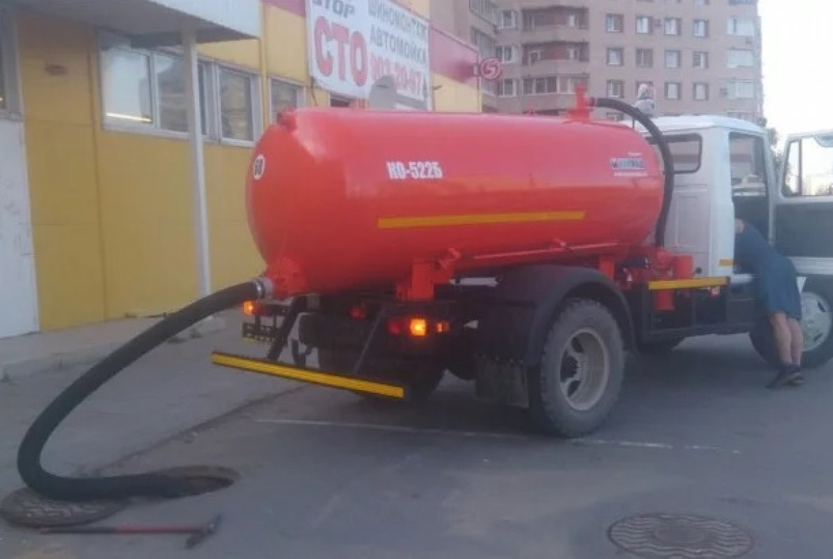 Ассенизатор ГАЗ КО заказать или взять в аренду, цены, предложения компаний